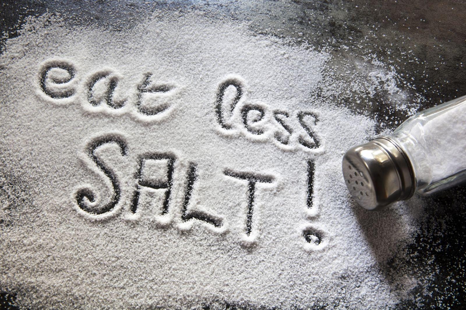 Hạn chế ăn muối sẽ tốt hơn cho sức khỏe của bạn (Nguồn: Internet)