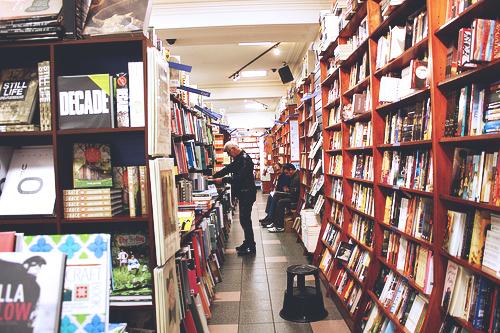 Readings-Bookstore-Carlton