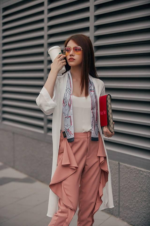 6 - Hoa hậu thế giới người Việt ở Úc quyến rũ với thời trang dạo phố
