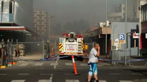 image.imgtype.articleleadwide.620x0 300x169 - Toàn bộ quà từ thiện Giáng sinh bị xóa sổ sau đám cháy chợ của người Việt ở Melbourne