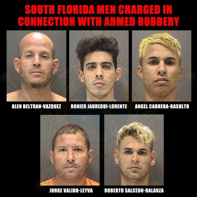 5 kẻ này đã bị bắt ngay sau đó và bị buộc tội cướp có vũ trang.