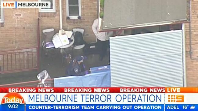 Cảnh sát thực hiện các chiến dịch truy quét khủng bố tại Ascot Vale