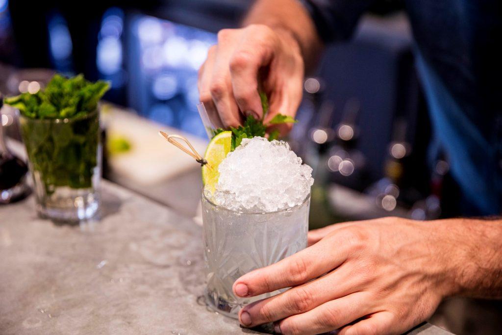 6 - 7 nhà hàng bạn nhất định phải thử trên Domain Rd, Melbourne