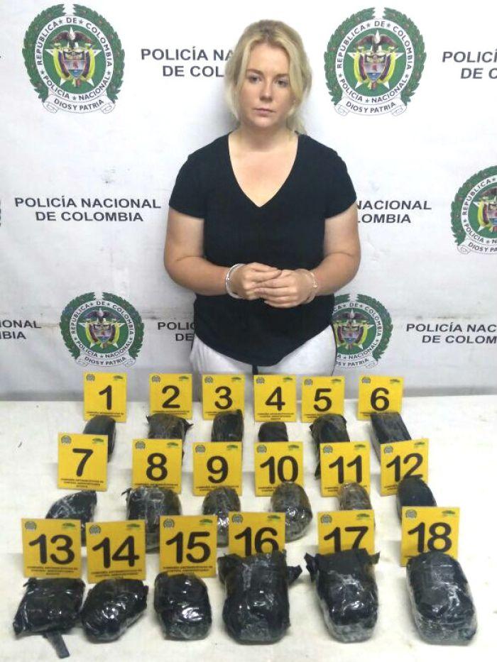 Cô gái 22 tuổi người Úc buôn lậu ma túy đang phải đối mặt với 30 năm án tù tại Colombia