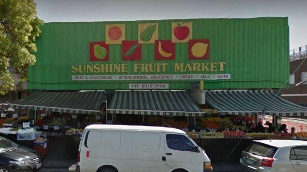 Sunshine Fruit Market ở Sunshine